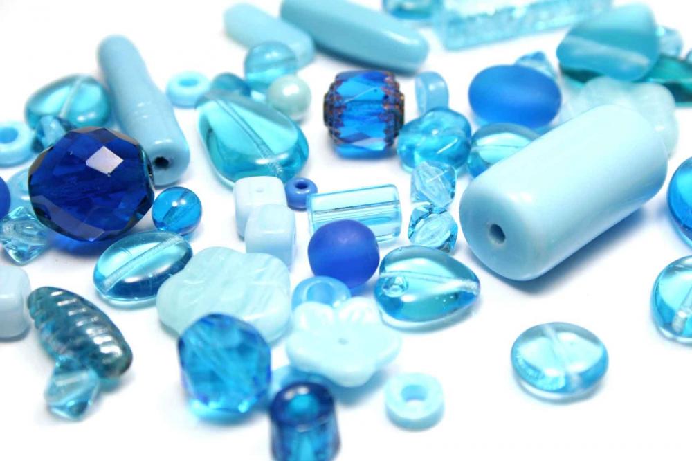 100 g Böhmische  Glasperlen, Mix ATLANTIS, blau + aqua<br />4,20 €