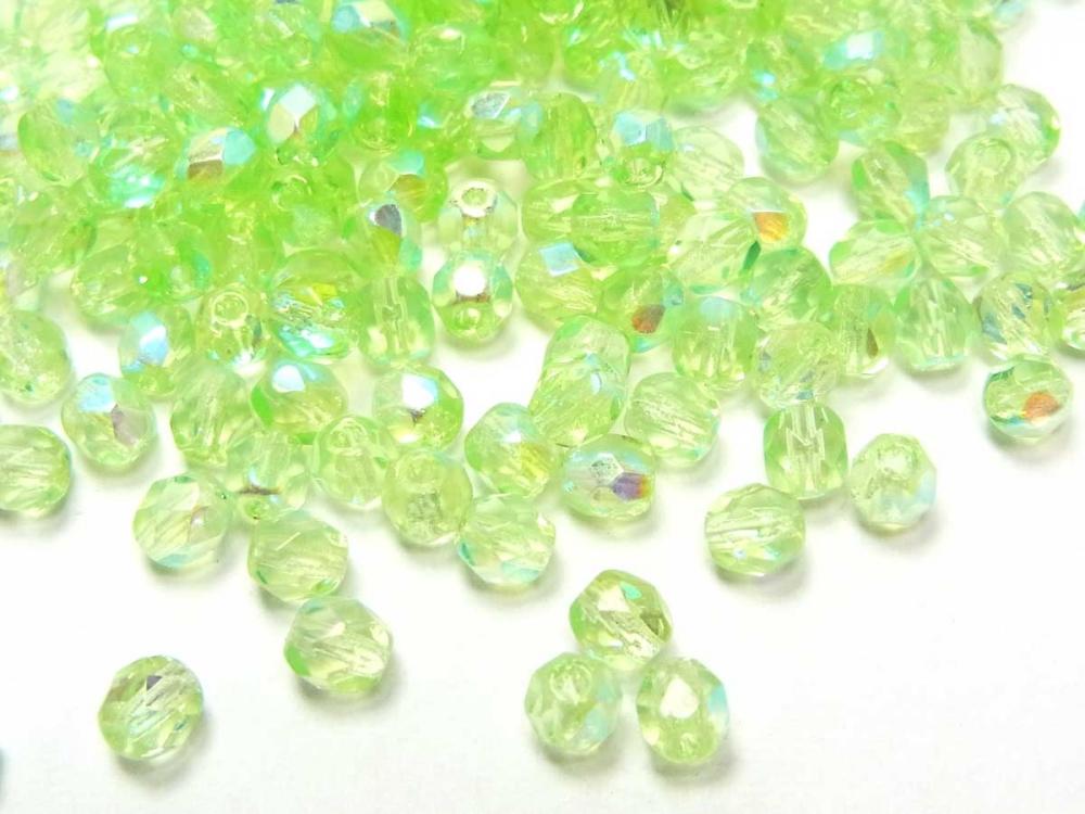 100 x Böhmische Glasschliffperle, 4 mm, seegrün AB<br />1,90 €