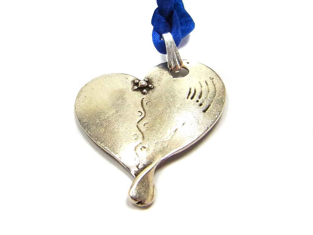 Schöner Anhänger, Herz, 33 mm, Metall versilbert