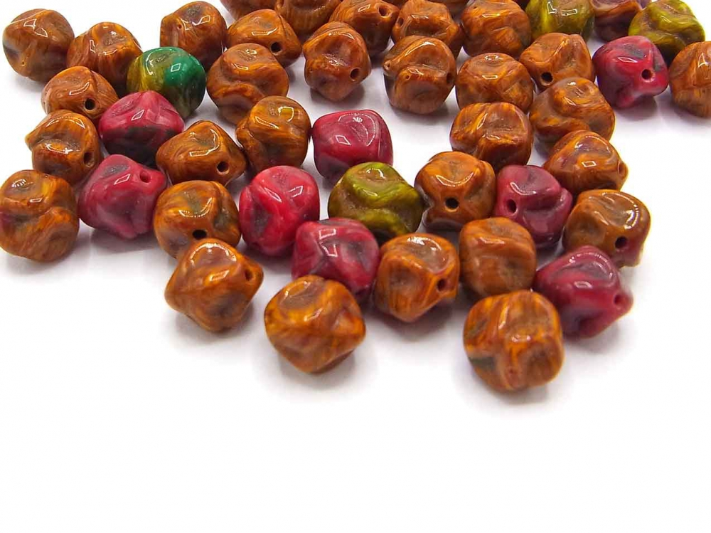 40  Böhmische Glasperlen, Nuggets, 8 mm, Herbstfarben<br /><span>ab</span> 1,50 €