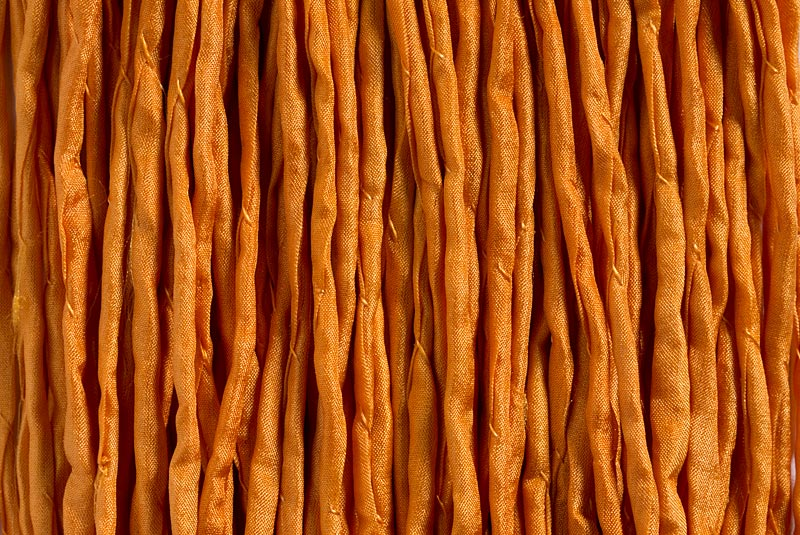1 Meter Seidenband, Seidenschnur, 2 mm,  pastell orange<br />1,00 €