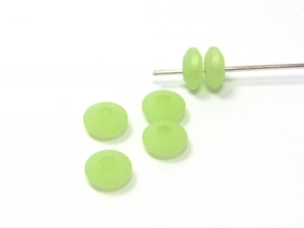 7 x Polarisperlen, Linsen, 6 mm, apfelgrün<br />1,00 €