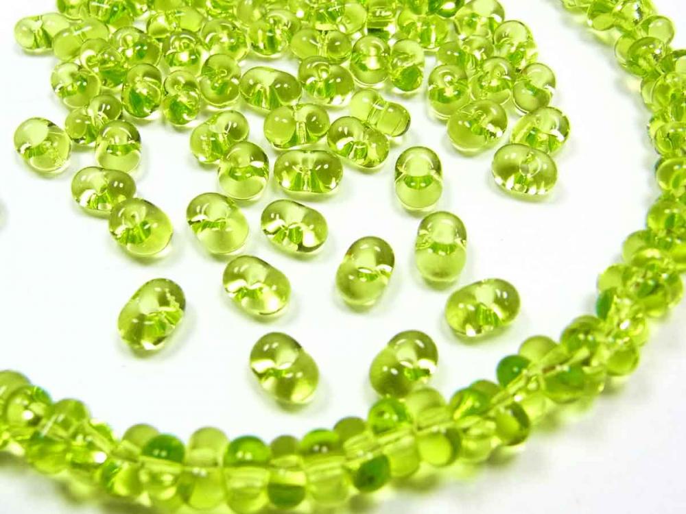 180 x Böhmische Glasperlen, Farfalle, 6,5 x 4 mm, grün<br />1,40 €
