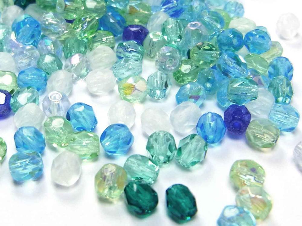 100 böhmische Glasperlen, Glasschliffperlen, 4 mm, SANFTE BRISE